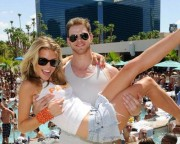 AnnaLynne McCord and Kellan Lutz: Birthday Party Pals 388bfd89070703