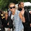Arriving at Hotel in Paris (June 1, 2010) 89c48b91871943
