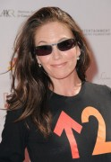 "Diane Lane @ ""Stand Up To Cancer"" Benefit At Sony Pictures Studios In Culver City -September 10th 2010- (X 5)"